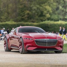 "6,061 mentions J'aime, 55 commentaires - POG (@pogforever) sur Instagram : ""The prize of the most Elegant Car 2016 just went to this gorgeous Maybach Vision 6. This functional…"""