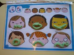 Les expressions du visage en pâte à modeler