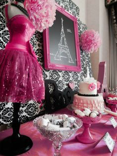 For a little girl who loves pink and loves to dress-up, this party by Lauren, of Capes and Crowns, is a birthday wish come true! A party styled with parisian… Paris Themed Birthday Party, Birthday Party Themes, Girl Birthday, Paris Theme Parties, 10th Birthday, Birthday Ideas, Sweet 16 Parties, Pink Parties, Thema Paris