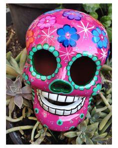 Brisera de calavera mexicana pintada a mano #dayofthedead #Mexico
