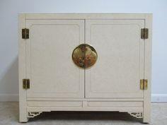 Hickory White Ivory Mebane Server Bar Liquor Cabinet Console