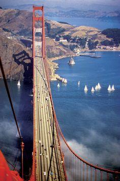 Sailing Under Golden Gate Bridge - San Francisco - USA (von Manhattan4)