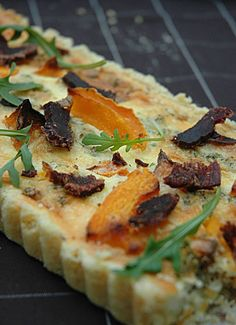 Biltong and Butternut Quiche – a rich dish for a summer picnic packed full of South African heritage! South African Dishes, South African Recipes, Africa Recipes, Kos, Easy Cooking, Cooking Recipes, Enjoy Your Meal, Banting Recipes, Biltong