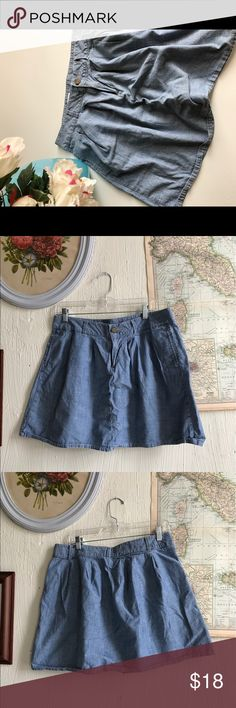 Chambray Gap skirt Such a versatile basic! It looks great with a t-shirt on the weekend. Add some colorful tights and a blouse and it makes for an adorable business casual outfit. GAP Skirts