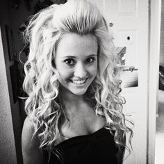 love BIG hair~                  Jamie Andries