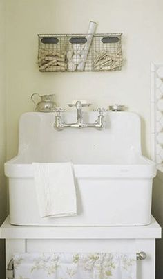 a dream laundry sink.