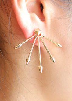 Arrow earrings Shut up and take my money!!!