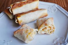 These buffalo chicken rolls are filled with savory spicy chicken and fresh Italian and feta cheese. Buffalo Chicken Rolls, Healthy Snacks, Healthy Recipes, Appetizer Recipes, Appetizers, Football Food, Love Food, Carne, The Best