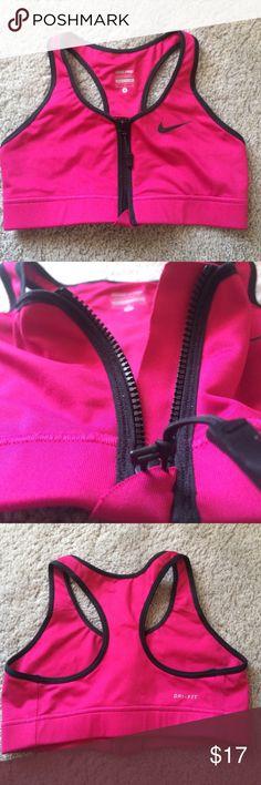 Nike Dry Fit Sportsbra Nike Sportsbra with zipper enclosure Nike Tops