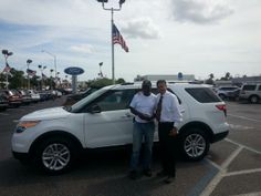 Thanks 4 your purchase Jimmy Lee! #Explorer #MIAMI Call Miguel & get the #BestDealEver 786.970.3792 #SouthBeach pic.twitter.com/Eye14eMLEY