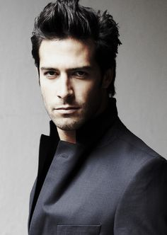 cool Hispanic Men Hairstyles Cool With Black Hair Color And Thin Shaved Check more at http://haircutfit.com/hispanic-men-hairstyles-cool-with-black-hair-color-and-thin-shaved.html