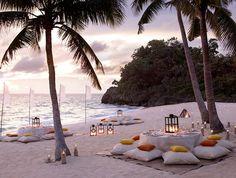 by the beach dinner set up the Shangrila resort Boracay island Philippines Beach Dinner, Beach Picnic, Beach Party, Wedding Beach, Dream Wedding, Perfect Wedding, Wedding Lounge, Wedding Scene, Summer Picnic