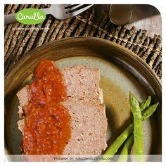 Albondigón con salsa de tomates ahumados