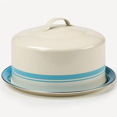 This cake carrier keeps your cake fresh and in style. Vintage look.