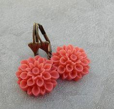 Ohrhänger - Sorbet de Framboise ╰⊰✿ Dahlien-Blüten- Ohrringe. - ein Designerstück von Maymana bei DaWanda