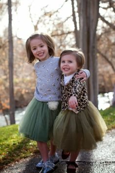 Little girl fashion, sisters