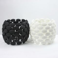 Arthur Hash | bracelet | Sienna Gallery - in black or white - Iwould like to see this as a fruit bowl