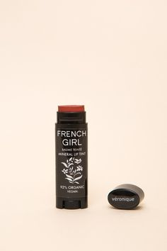 French Girl Organic Lip Tint is a super lustrous, emollient lip balm and mineral color all in one. Formulated with an enriching blend of organic and wild crafted waxes, butters, and oils that leaves l Skin Makeup, Beauty Makeup, Diy Beauty, French Skincare, Diy Makeup Vanity, Skincare Dupes, Body Polish, French Beauty, Cruelty Free Makeup