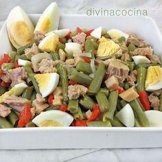 Para hacer esta ensalada de judías verdes puedes preparar la verdura al vapor y así conservará más sabor. Si usas judías congeladas la receta queda mejor con las redondas.