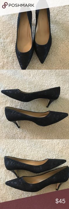 Talbots quality low heel lace shoes 10W Talbots new (no box) shoes w/ leather sole 10W beautiful! Talbots Shoes Heels