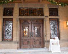 Pabst Mansion front entrance