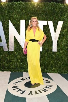YES!!!!!! Kate Freston in this FABULOUS yellow makes me VERY VERY happy!! Bright Bold and an accent of fuchsia .... well done!!!
