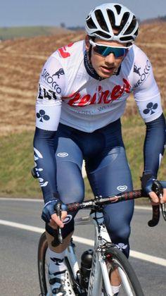 Trendy sport wear mens illustration 51 Ideas In the last 30 years, the evolution of Cycling Wear, Bike Wear, Road Cycling, Cycling Outfit, Cycling Tips, What To Wear Today, How To Wear, Biker, Lycra Men