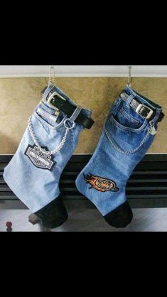 Harley Davidson Christmas stocking! Easy diy! Get a pair of old jeans(thrift shop if you don't have one), old belt(also thrifted), some leather, and a chain - trace out the pattern using another Christmas stocking and sew everything together!