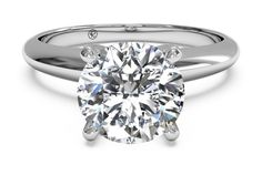 Solitaire Diamond Knife-Edge Engagement Ring in 14kt White Gold
