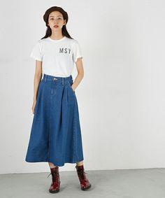 【ZOZOTOWN|送料無料】MOUSSY(マウジー)のデニムスカート「Lee×MOUSSY TUCK SKIRT」(0109AA01-5190)をセール価格で購入できます。