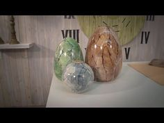 TECNICAS DE PINTURA - YouTube Decoupage Tutorial, U Tube, Diy And Crafts, Glass Vase, Mandala, Projects To Try, Lily, Stone, Bottle