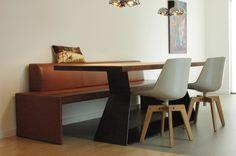 Interieur open keuken particulier, Dieren inclusief ontwerp keuken door Matser, Walter Knoll Together bank, MDF Italia stoelen en Riva tafel