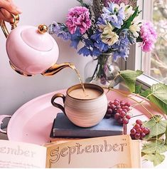 Hope September is treating you well. Join me for a cuppa? Vanilla Bean Chai is in my cup. Welcome September, Happy September, September Birthday, Café Chocolate, Coffee Photography, Coffee Is Life, Yellow Roses, Morning Coffee, Coffee Time