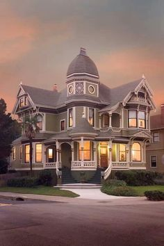 Victorian, Alameda, California photo via becca. I love Victorian homes. Victorian Architecture, Beautiful Architecture, Beautiful Buildings, Beautiful Homes, Classical Architecture, Victorian Style Homes, Victorian Era, Victorian Houses, Victorian Interiors
