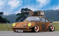 Rusty Porsche with roof rack