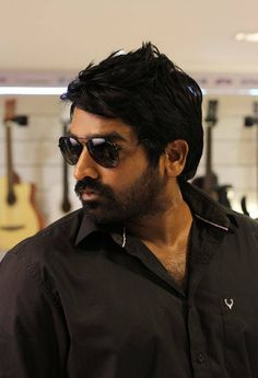 This community is for Vijay Sethupathi fans and people who think he is a good actor Hd Photos Free Download, Surya Actor, Facebook Profile Photo, Gangster Films, Actor Picture, Actor Photo, India People, Indian Film Actress, Indian Actresses