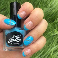 #nailart magic with coloured french manicure 💅 Swoosh neon blue shade 💙 #littleondine #veganbeauty #nails #toxinfree #swoosh #neon #blue #Summer #beautyblogger #blogger #bblogger #nails #summernails #nailswag #odourfree #easypeeloff #glossyfinish #NOOTD