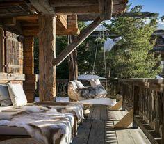 деревянное шале в швейцарских Альпах