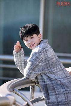 Woozi Home MV Behind photos Seventeen Woozi, Seventeen Debut, Jeonghan, K Pop, Jikook, Hip Hop, Choi Hansol, Won Woo, Lee Jihoon