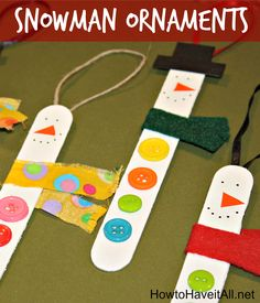 Easy snowman ornaments with popsicle sticks! Perfect for children to make this Christmas.