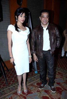Kamal Hassan & Pooja Kumar @ Vishwaroop Movie Press Meet