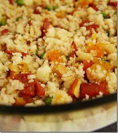 Couscous marroquino com frutas secas.