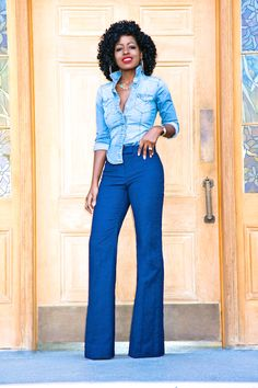 Fitted Denim Shirt, Rock My Style, Style Pantry, Wide Leg Jeans, Fashion Pants, Bell Bottom Jeans, Spring Fashion, Women Wear, Street Style