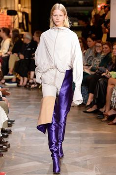 10 Things to Know About Vetements's Spring 2017 Show