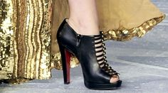 shoes louboutin price Very Popular For Christmas Day,Very Beautiful for life.