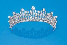 Diamond and Platinum Tiara c.1940. Philips de Purry & Company.