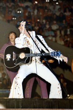 Elvis on stage in Atlanta in june 21 1973