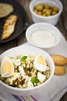 receta de ensalada de habas a la griega