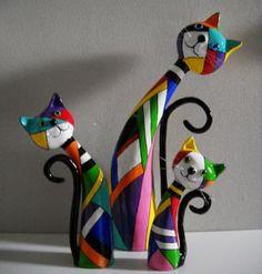 """""""Trio"""" by Janneke Neele. http://www.papiermache.co.uk/gallery/artist/296/ Great idea for polymer clay."""