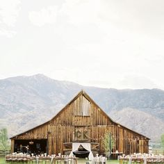 I love the scenery and the barn is so cute!